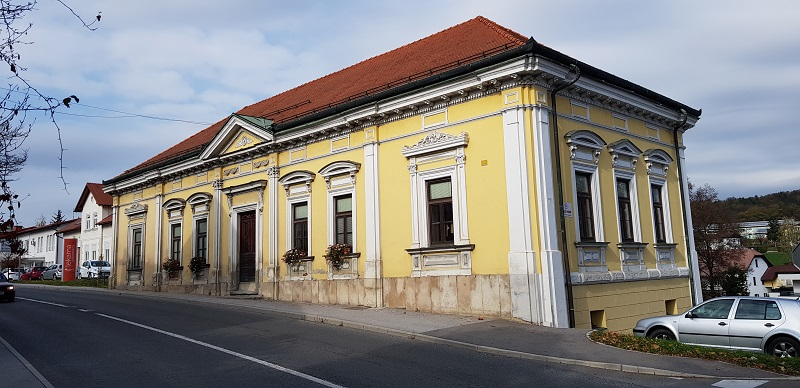 Skazova hiša